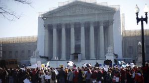 supreme_court_gay-protesters-THUMB