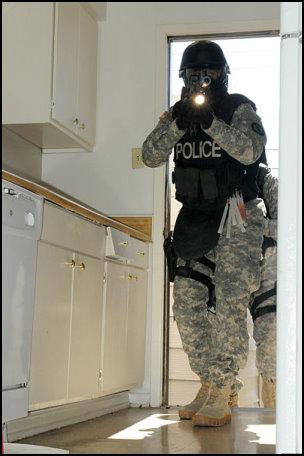 militarized-police2